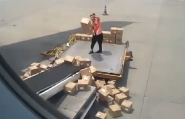 Worst baggage handler ever?
